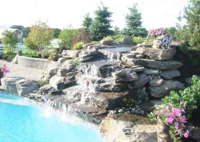 Waterfall-on-Pool